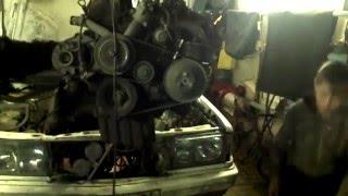 Ремонт двигателя М102 на Мерседес 190,часть №1 демонтаж.(, 2016-04-12T05:56:07.000Z)