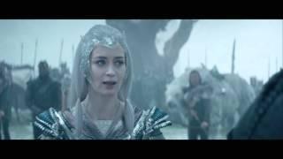 """Le Chasseur et la Reine des Glaces / Extrait """"Apportez-moi le mirroir"""" VF [Au cinéma le 20 Avril]"""