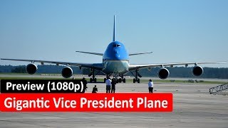 Gigantic Aircraft C-130H - Vice President Mike Pence