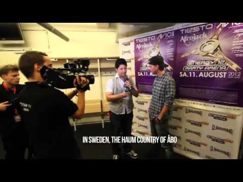 Hilarious AVICII interview reporter fail