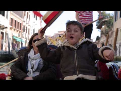 The incredible joy of a child in a wheelchair who makes his first gondola ride