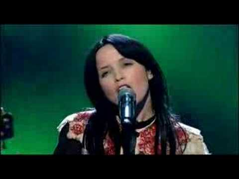 "Andrea Corr - Ten Feet High (Live on ""National Lottery"")"