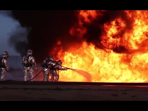 USA: A Few Words In Defense Of Our Country - 150 Military Images & Live Action Footage!
