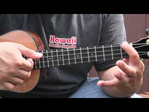 Aaron's Ukulele lessons - The Chipmunk Song (Christmas Don't Be Late)