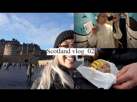 VEGAN FOOD & THRIFT SHOPPING IN EDINBURGH