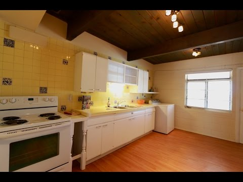 Albuquerque Home For Sale Near UPTOWN 2725 Florida St NE 87110