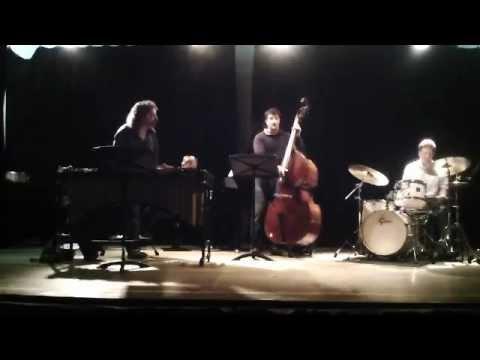 MIQ Performance @ Royal Irish Academy of Music 24:11:2012.mov