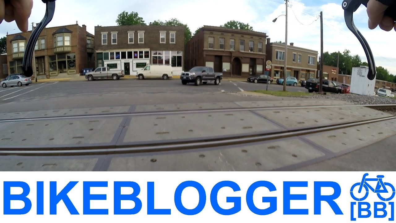 Crossing Railroad Tracks On A Bike Tip Of The Day Commute BikeBlogger