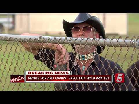 Activists Protest Death Penalty During Irick Execution