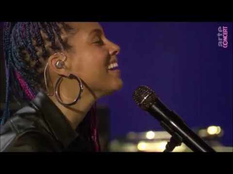 Alicia Keys - If I Ain't Got You Live