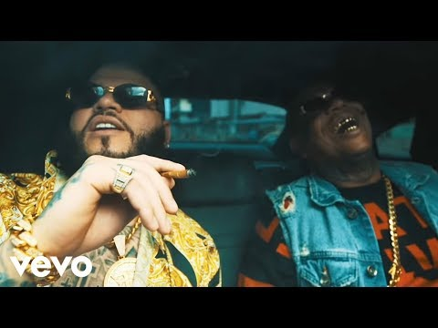 Farruko, El Micha - Fuego [Official Music Video]