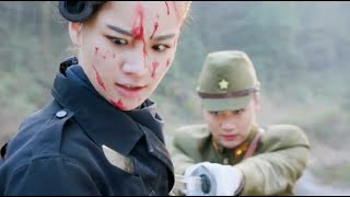 7 enemies could not defeat Chinese female captain, enemy commander came to fight