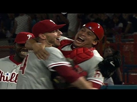 PHI@FLA: Halladay throws a perfect game against the Marlins