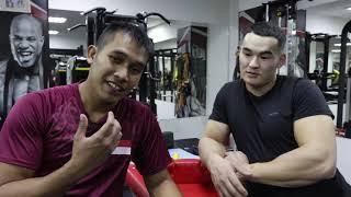 Joshua Park Singapore Armwrestling trains with Alizhan Muratov