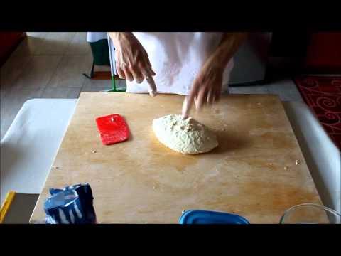 Impasto a mano per pane, medie e alte idratazioni