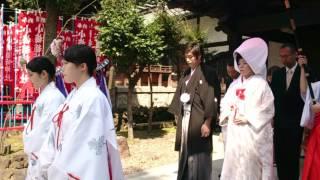 【東京】牛嶋神社の結婚式 参進のようす~参拝客からたくさんの祝福が♪
