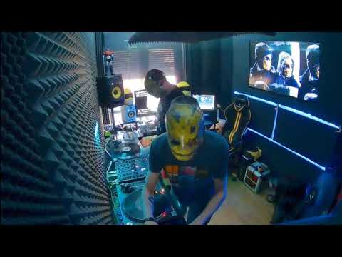 102 // The YellowHeads Studio Mix // 102