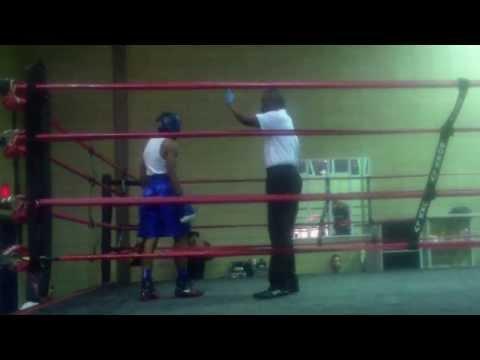 allentown boxing tino spanks victor rnd3