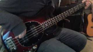 Black Sabbath - War Pigs (Bass Cover) with fingers
