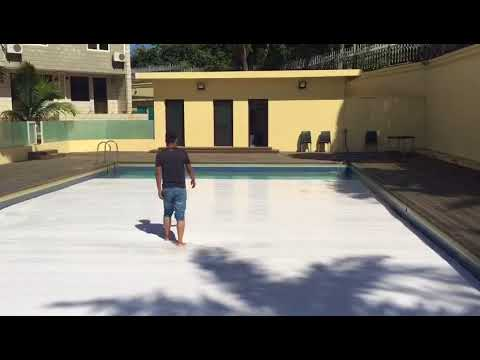 Automatic Pool Covers That You Can Walk On It Youtube