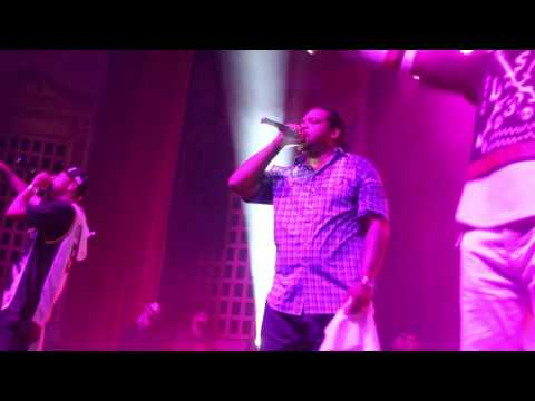 """Bone, Thugs & Harmony at """"The Portage Theater"""" in Chicago (2016)"""