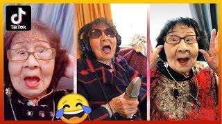 NGAKAK 10 Menit Nenek-Nenek Main Tik Tok