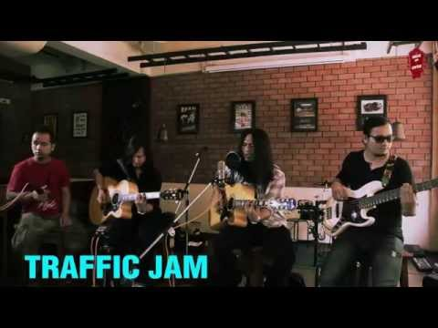DON'T BOTHER ME (UNPLUGGED) by TRAFFIC JAM.
