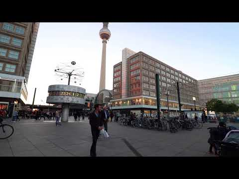 Berlin | Alexanderplatz | World Clock (2017)
