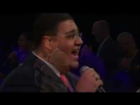 Kingsmen 2012 NQC. Group Introductions  and O What A Savior. feat, Chris Jenkins.