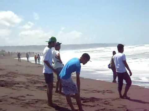 remasthi goes to depok beach