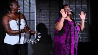 "Saun & Starr at The Orchard: ""Hot Shot"" (Live) (A Cappella)"