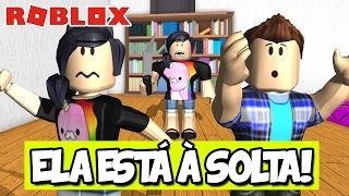 A PSICOPADINHA ESTÁ À SOLTA! - Roblox (Escape The Psicopadinha)