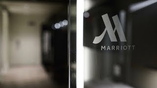 Gambar cover Airbnb gets competition from Marriott as it looks to offer luxury home-style-rentals