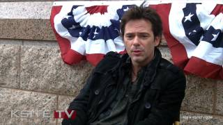 Revolution: Billy Burke Interview (Feb. 2014)