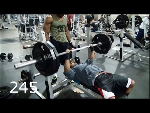 Heavy Bench press Training to hit 300 pounds!