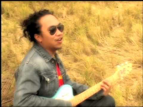 Jeck Pilpil & Peacepipe - Ngiti (Official MV)