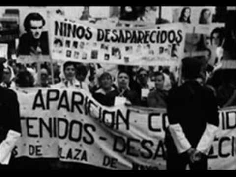 Videla festejando por radio después del mundial 78