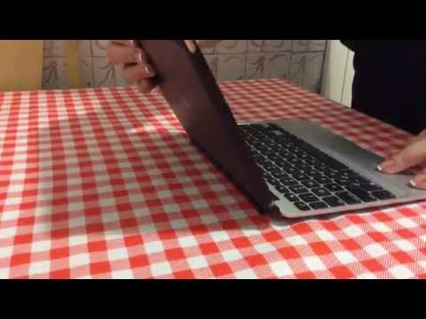 Zagg Slim Book case with keyboard Apple iPad Air 2 problems