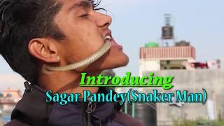 हजारौं सर्पहरु मुखमा हाल्ने | २१ बर्षका पाल्पाका युवा | मुटु थामेर हेर्नुस- Sagar Pandey