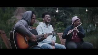 Video Live Accoustic Kunto Aji _ Pengingat download MP3, 3GP, MP4, WEBM, AVI, FLV November 2017