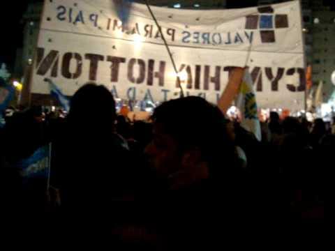 Marcha por la familia - MARTES 13 EN CAPITAL (parte 6) -  HIMNO NACIONAL.MPG
