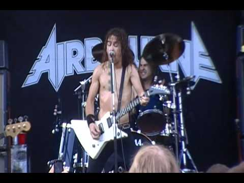 Airbourne,