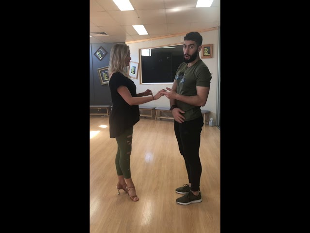 آموزش سالسا،  قسمت دوم.   Right Turn Salsa Lesson Persian Farsi