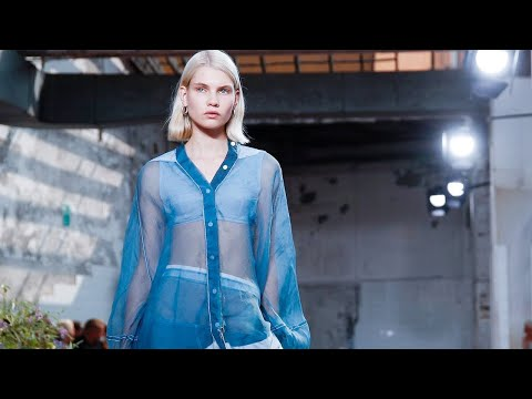 Jil Sander   Spring Summer 2019 by Lucie Meier and Luke Meier - Watch Fashion Show Online