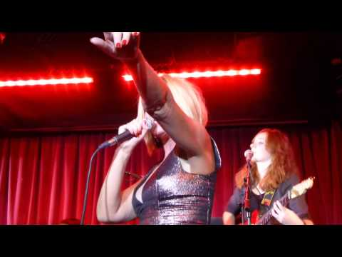Clare Grogan's Altered Images - See Those Eyes (HD) - The Borderline - 19.11.13