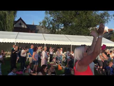Wurzels combined harvester live at party 200 Tiverton
