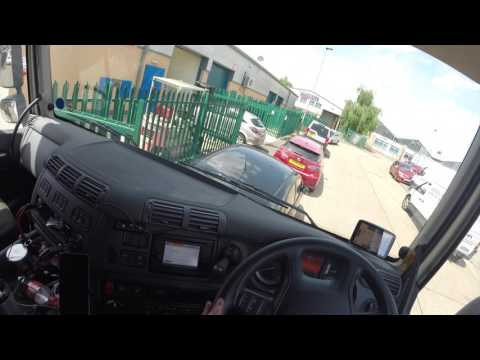 Trucker Jay in the UK: S4E25 Shit car parking!