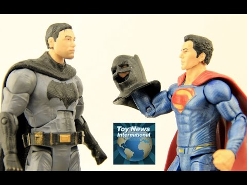 "DC Comics Multiverse 6"" Batman v Superman: Dawn Of Justice Maskless Batman Action Figure Review"