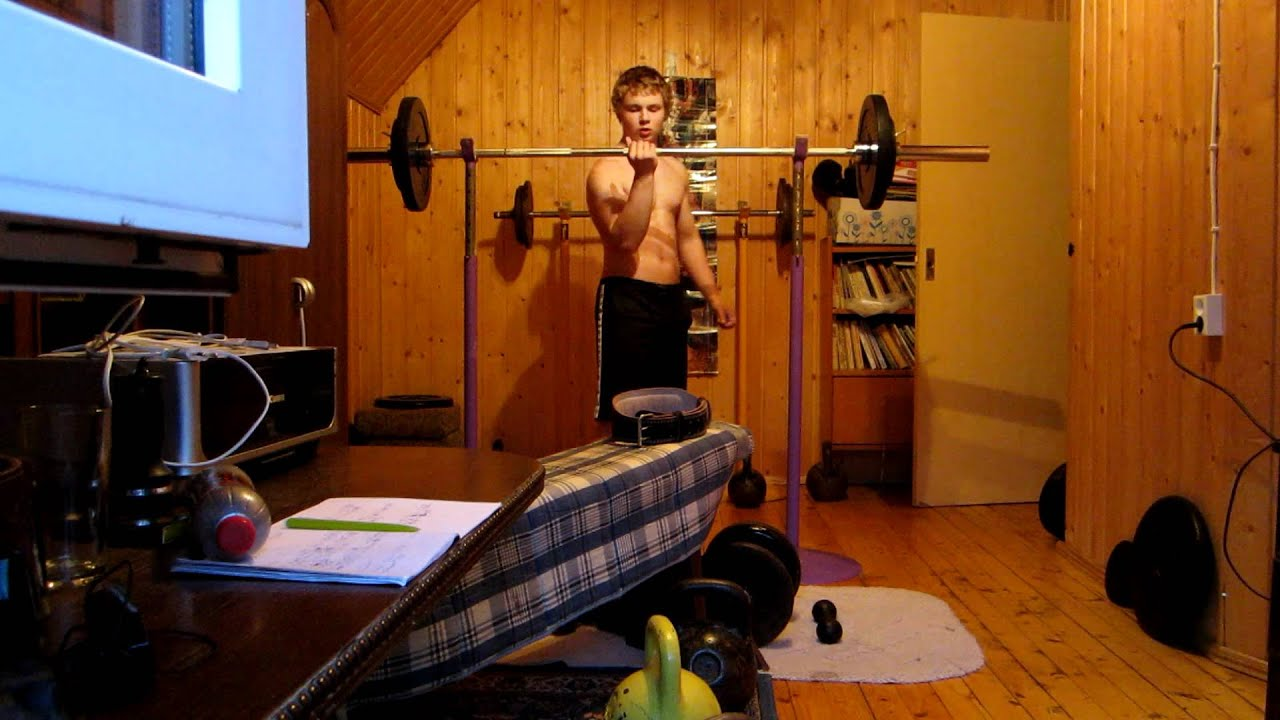 finally on video 70 kg one hand push press 154 pounds youtube. Black Bedroom Furniture Sets. Home Design Ideas