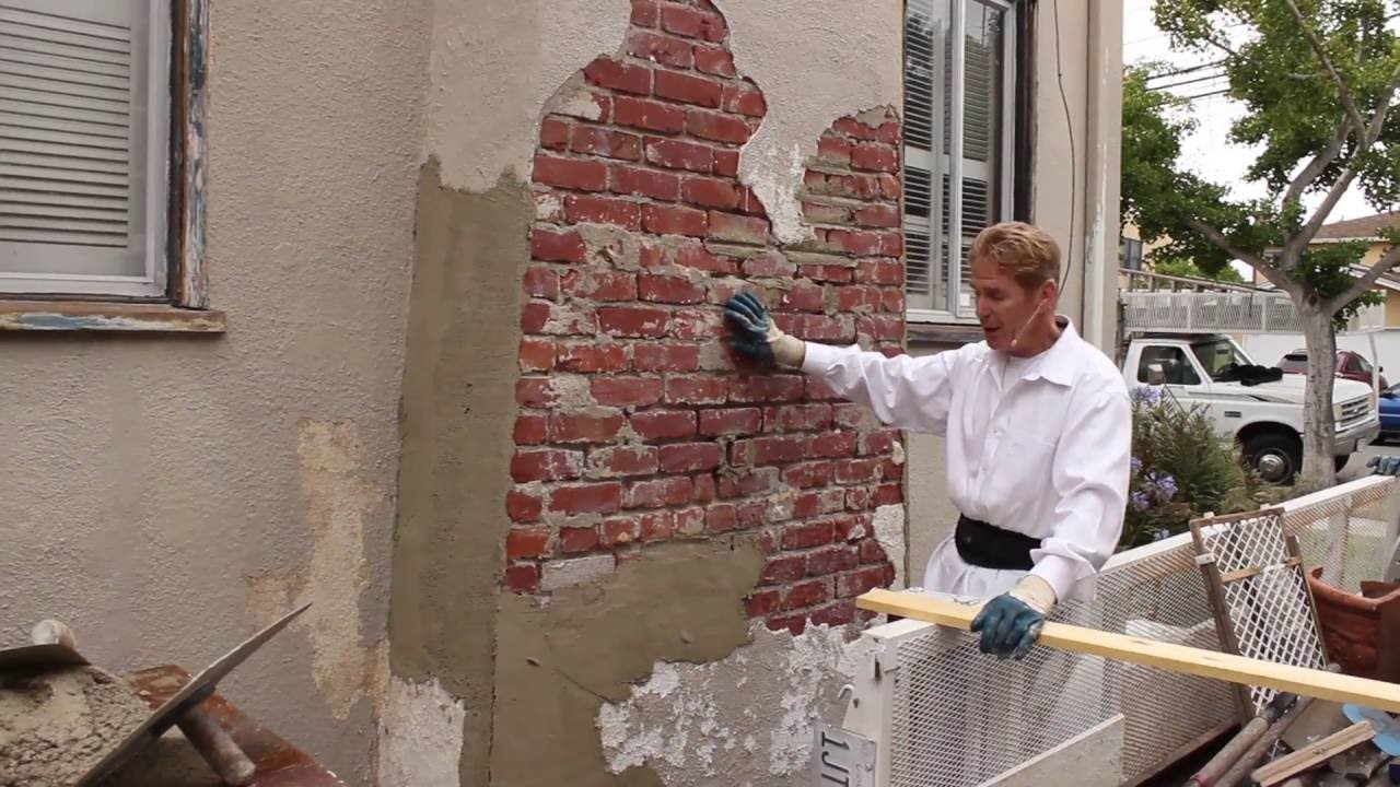 Plaster Building Stucco Cement Over Brick Walls Or Chimneys